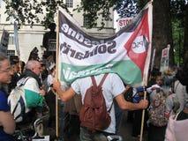 "London UK - 05 Juni, 2018: Folket på fri Palestina †""stoppar royaltyfria foton"