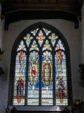 LONDON/UK - JUNI 15: Målat glassfönster i kyrka för St Olaves Fotografering för Bildbyråer