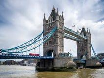 LONDON/UK - 15 JUNI: Mening van Torenbrug in Londen op 15 Juni, Stock Afbeelding