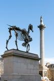 LONDON/UK - 7 MAART: Hans Haacke-het Paard van de standbeeldgift in Trafalgar Royalty-vrije Stock Afbeelding