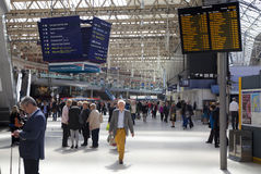 LONDON UK - MAJ 14, 2014 - Waterloo internationell station Arkivfoto