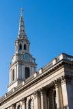 LONDON/UK - MARS 7: St-Svala-i--fält kyrkliga Trafalgar S Royaltyfria Bilder