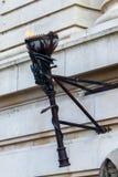 LONDON/UK - 21 MARZO: Replica di vecchia torcia con la fiamma vivente Fotografia Stock
