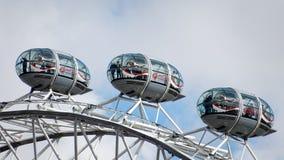 LONDON/UK - 21 MARZO: Una vista di tre baccelli sull'occhio di Londra nella L Fotografie Stock