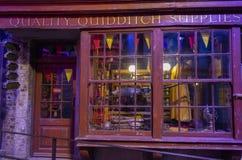 London UK; Oktober 23, 2013; Warner Bros Studios London turnerar, med uppsättningarna och det original- materialet av de Harry P royaltyfria foton