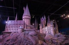 London UK; Oktober 23, 2013; Warner Bros Studios London turnerar, med uppsättningarna och det original- materialet av de Harry P fotografering för bildbyråer