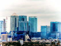 LONDON UK - 16TH FEBRUARI 2015: Canary Wharf byggnader i London Arkivfoto