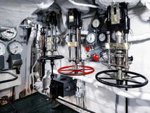LONDON/UK - WRZESIEŃ 12: Ciśnieniowe klapy na HMS Belfast w Lonie Fotografia Royalty Free