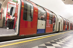 London underground tube. Stationary in the platform Royalty Free Stock Photography