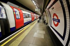 London underjordisk station Royaltyfria Foton
