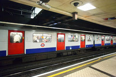 London underjordiskt drev Royaltyfri Fotografi