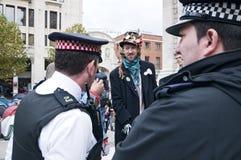london upptar personer som protesterar Royaltyfri Fotografi