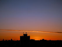 London-Vorort-Abend-Skyline stockfotos