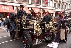 London zum Brighton-Auto-Läufer-Ereignis stockbild