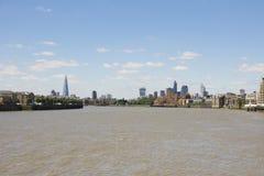 Londons horisont, som beskådad från Canary Wharf Arkivbilder