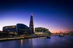 Londra centrale dal ponte della torre immagini stock