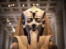 Londra Corridoio egiziano della scultura del British Museum, faraone Rameses Fotografia Stock Libera da Diritti