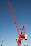 LONDRA - 6 DICEMBRE: Gru rossa che funziona a Londra dicembre Immagini Stock