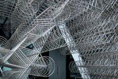 LONDRA - 20 DICEMBRE: Nuova scultura di Forever di Ai Weiwei fuori di Lond Fotografia Stock Libera da Diritti