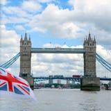 LONDRA - 30 LUGLIO: Vista del ponte della torre a Londra il 30 luglio, 20 Fotografie Stock