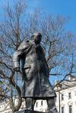 LONDRA - 13 MARZO: Statua di Winston Churchill nel Parlamento Squa Immagini Stock Libere da Diritti