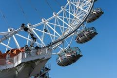 LONDRA - 13 MARZO: Vista dell'occhio di Londra a Londra il 13 marzo, 201 Immagine Stock Libera da Diritti