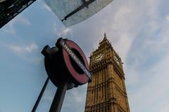Londra-Nel sottosuolo e Big Ben immagini stock libere da diritti