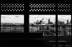 Londra, orizzonte, incorniciato, st Pauls fotografie stock