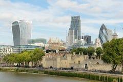 Londra, Regno Unito - 31 agosto 2016: Città della vista di Londra dal Tamigi Fotografia Stock