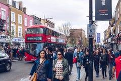 Londra, Regno Unito - secondo dell'aprile 2017: Camden Lock Village, alt famoso Immagine Stock Libera da Diritti