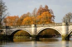 Londra, Richmond Bridge immagini stock