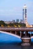 Londres à l'aube Vue de pont de Chelsea Photos stock