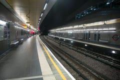 Londres au fond par nuit Photo stock