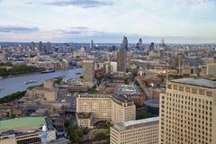 Londres - Big Ben, Chambres du Parlement et Tamise Images libres de droits