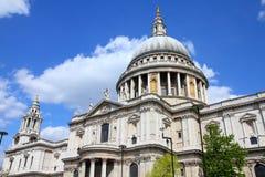 Londres - cathédrale de rue Paul Photo stock