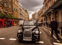 Londres - cena inglesa da rua fotografia de stock royalty free