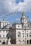 Londres central y el ojo Imágenes de archivo libres de regalías