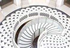 LONDRES - 12 de abril: Tate Britain Spiral Staircase em Londres em A imagens de stock