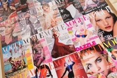 Londres - 8 de agosto de 2014: Revista de Vogue el 8 de agosto en Londres, U imágenes de archivo libres de regalías