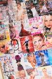 Londres - 8 de agosto de 2014: Revista de Vogue el 8 de agosto en Londres, U fotografía de archivo