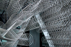 LONDRES - 20 DE DEZEMBRO: Escultura nova do Forever do Ai Weiwei fora de Lond fotografia de stock royalty free