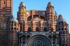 LONDRES - 13 DE MARÇO: Vista da catedral de Westminster em Londres em março Imagem de Stock Royalty Free