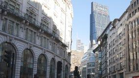 Londres Edifícios velhos e modernos video estoque