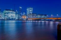 Londres en la noche Fotos de archivo