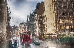 Londres en lluvia imagen de archivo