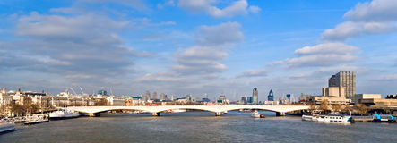 Londres et Tamise Photographie stock libre de droits