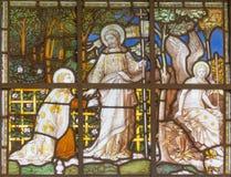 LONDRES, GRÂ BRETANHA - 20 DE SETEMBRO DE 2017: Jeus Prayer no jardim de Gethsemane no vitral na igreja St Pancras fotos de stock