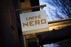 Londres, grand Londres, le Royaume-Uni, le 7 février 2018, un signe et un logo pour le nero de caffe photos libres de droits