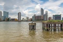 LONDRES, INGLATERRA - 17 DE JUNIO DE 2016: Canary Wharf ve de Greenwich, Londres, Gran Bretaña Fotos de archivo