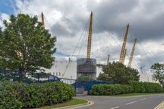 LONDRES, INGLATERRA - 17 DE JUNIO DE 2016: La arena O2 en Greenwich, Londres, Gran Bretaña Fotos de archivo
